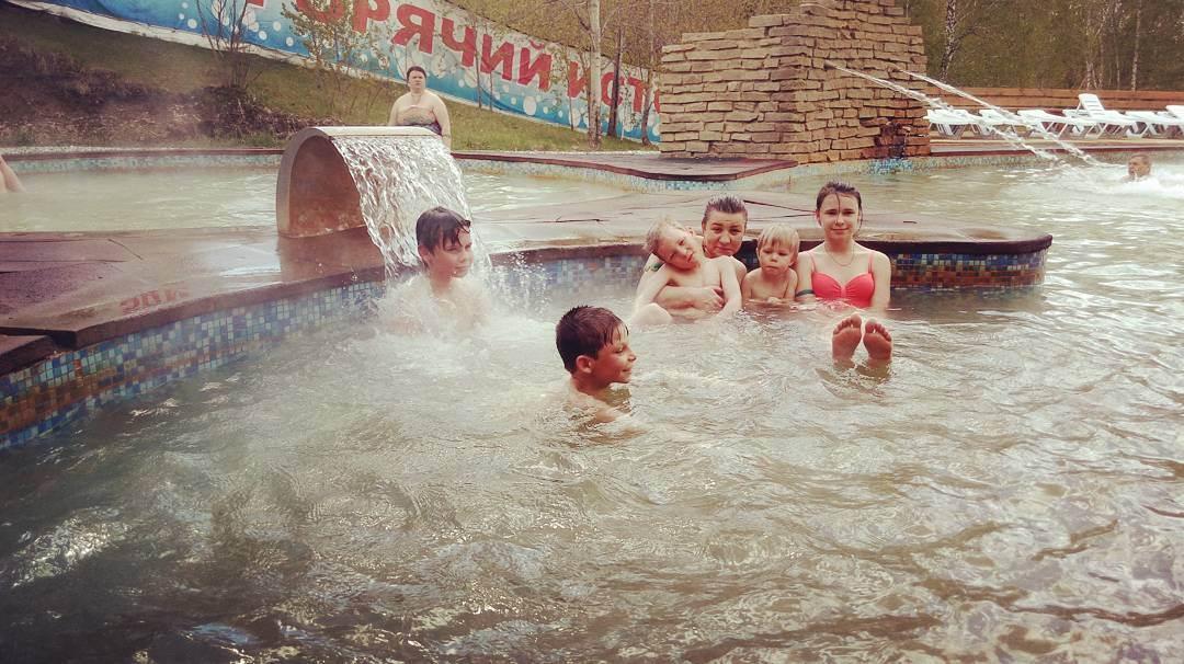 """Бассейны горячих источников """"Аван"""" в холодное время года"""