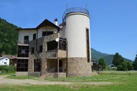Отель «Гузерипль» рядом с горячими источниками