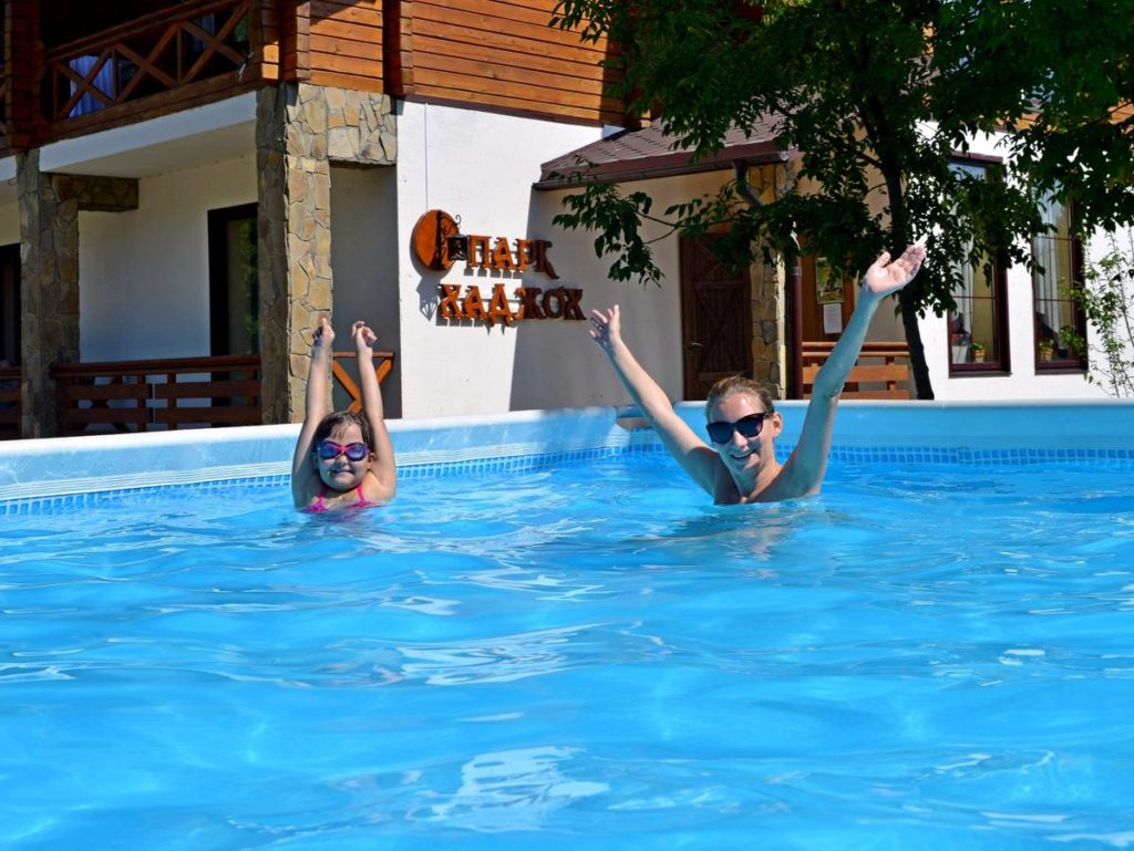 Парк-отель «Хаджох» с горячими источниками в Адыгее