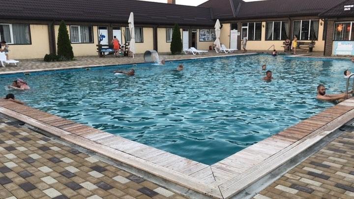 """База отдыха """"Акватермо"""" в Тульском: фото бассейнов"""
