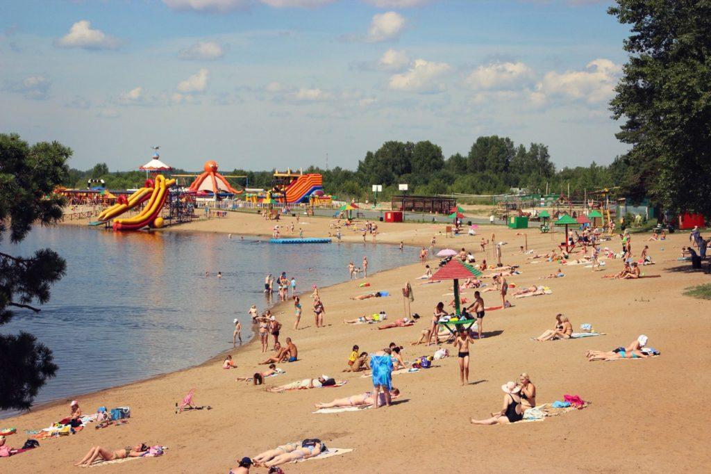 «Верхний бор» летом: пляж