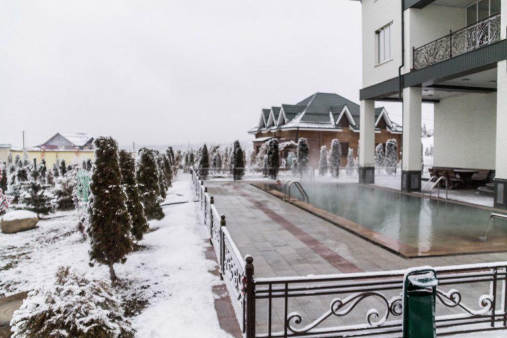 Горячие источники Аушигер зимой