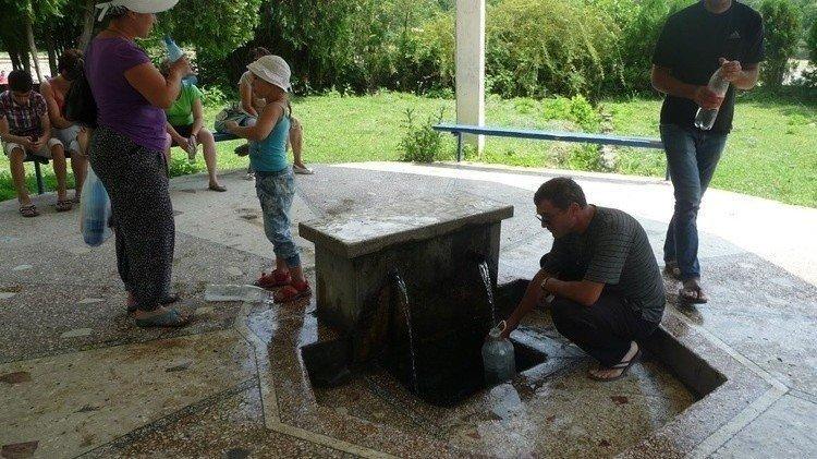 Минеральный источник Мерхяул в Абхазии