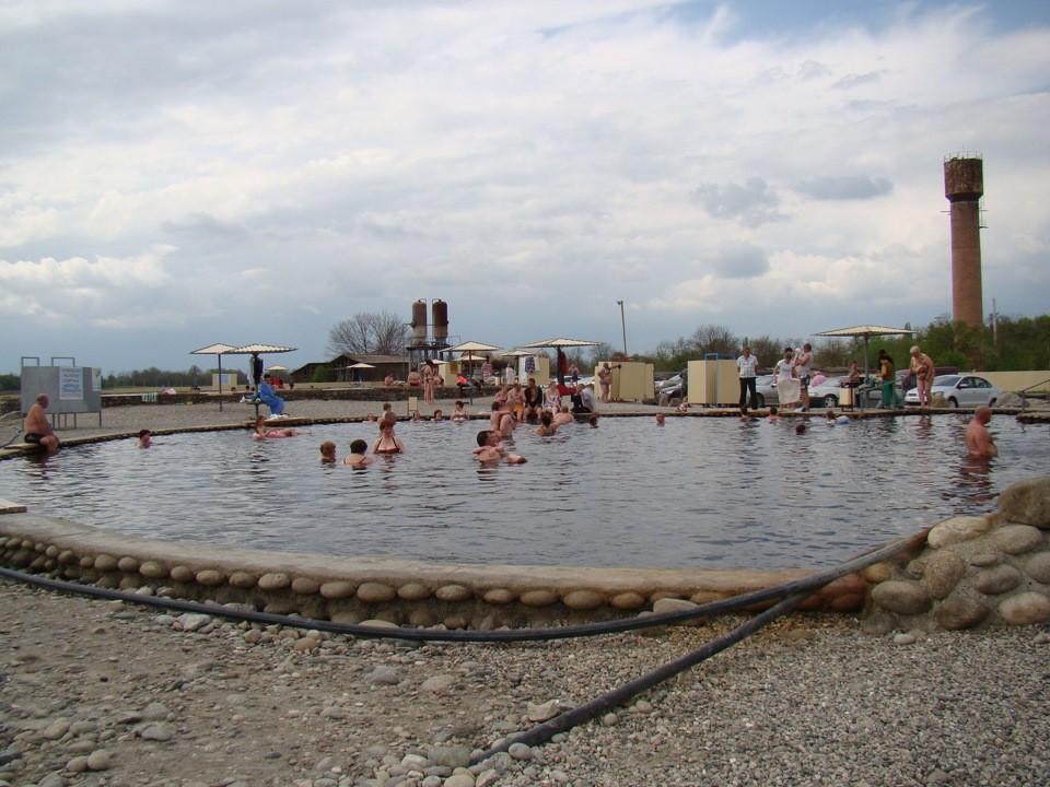 Горячий источник в селе Янтарное, Кабардино-Балкария