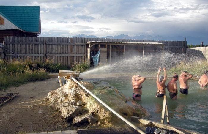 Территория горячих источников в поселке Жемчуг, Бурятия