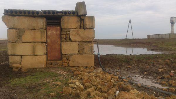 Горячий источник села Ильинка, Крым