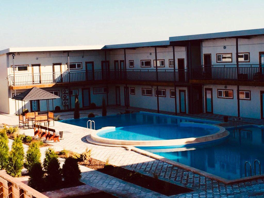 Горячие источники Улан (Ulan Hot Spring Resort) в Казахстане, Чунджа