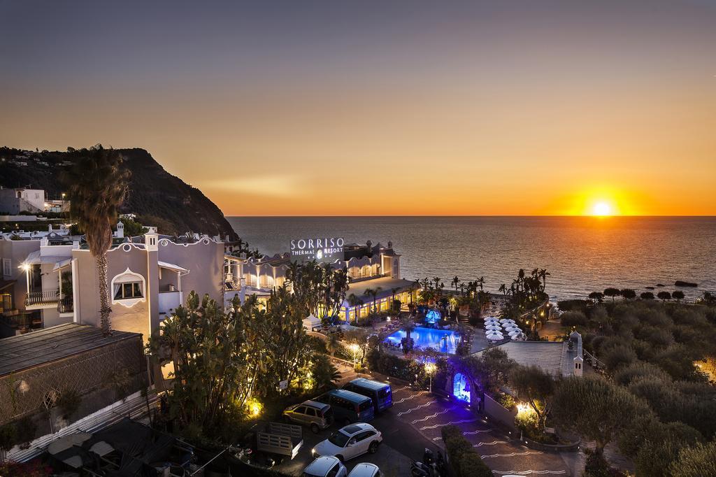 Отель с термальными источниками Sorriso Thermae Resort & Spa 4* на Искье
