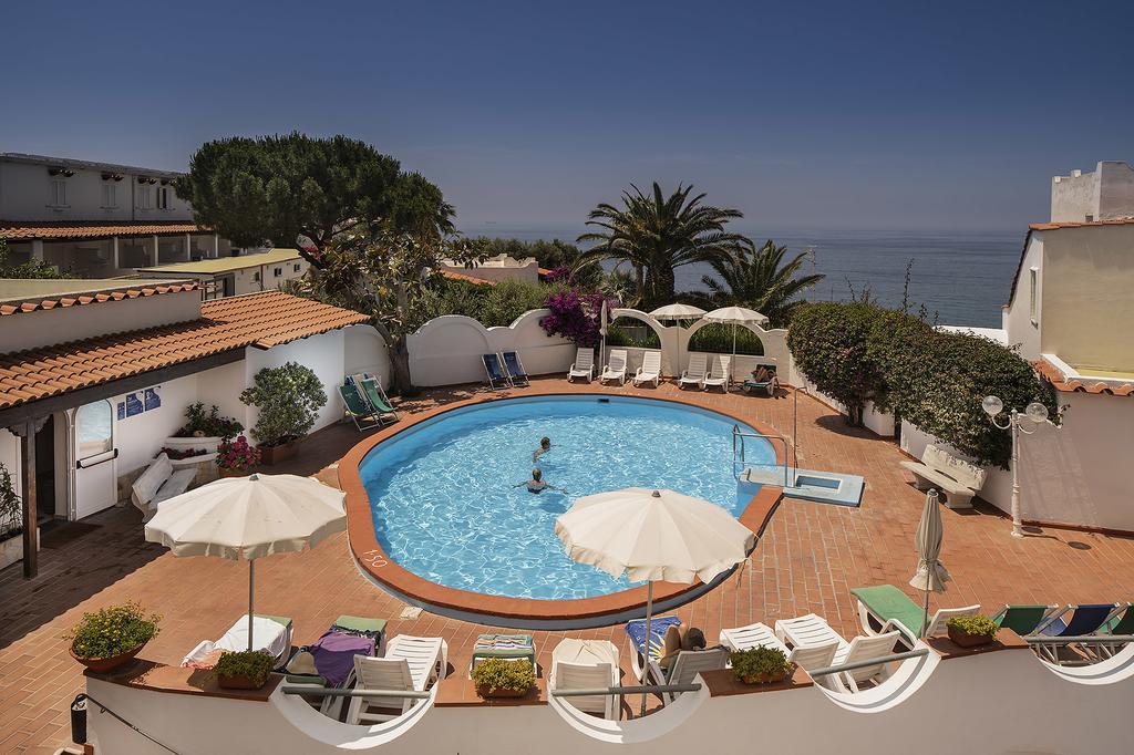 Отель на термальных источниках Hotel Terme Royal Palm 4*, остров Искья, Италия