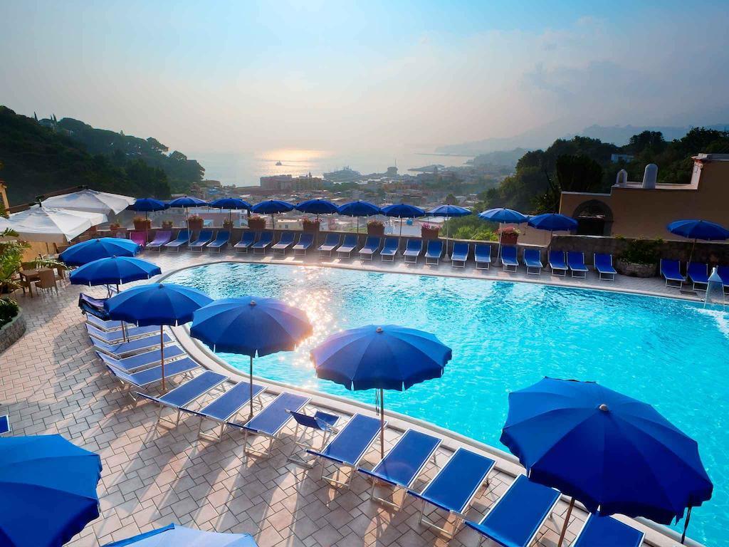 Отель с термальными бассейнами на Искье Hotel San Lorenzo Thermal Spa 4*